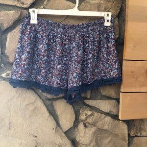 Xhilaration Floral Flowy Shorts